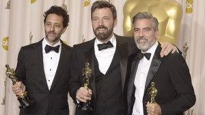"""Ben Affleck junto a los productores de """"Argo"""", George Clooney y Grant Heslov"""